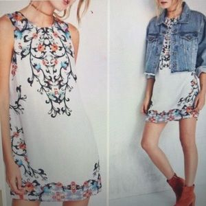 Ecote Guinevere Floral Open Back Dress